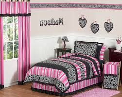 White And Black Bedding by Pink And Black Bedroom Ideas 8650