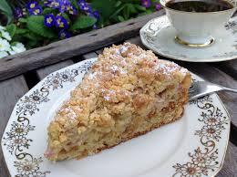 rhabarberkuchen mit amarettini aus meinem kuchen und