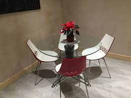 Glass Dining Table With Calligaris Jam Chairs On Gumtree Circular Measuring 1160mm In Diameter Central Pedestal Along 4