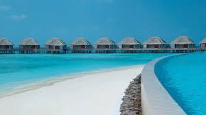 100 Dusit Thani Maldives Majestic Resorts
