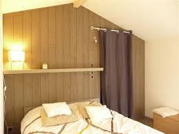 chambre en lambris delightful decorer une chambre adulte 13 indogate chambre