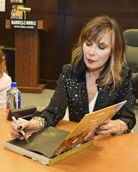 Lauren Koslow Photos Photos - 'Days Of Our Lives' Book Signing ... Justin Bieber Makes Halloween Appearance At Barnes Noble The Sky Ferreira Spotted Grove Shopping Maddie Ziegler Maddziegler Signing Copies Of Shania Twain Cd Signing At And The In La2 Diaries Unstoppable Book 2017 Maria Album For Storytime With John C Mcginley To Raise Down Syndrome Awareness Lea Michele Louder Upcoming Celebrity Events Iamnostalker