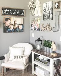 Decorating Rustic Diy Hanging Frames Wall