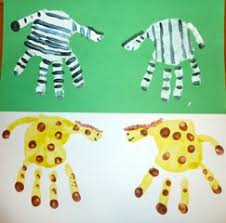 Zoo Animals Arts And Crafts For Preschoolers Animal Cracker Math Handprint On Dear Play