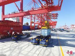 le plus grand port maritime automatisé du monde entrera bientôt en