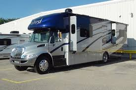 New Class C Diesel RV Rental In Cincinnati