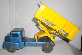 100 Structo Toy Truck HiLift High Lift Dump Lever Action Blue And Yellow