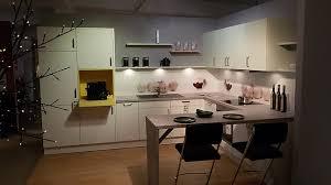 l küche modell uma p102 weiß matt samtmatt schüller küche mit toller ausstattung