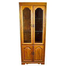 broyhill lighted oak display cabinet ebth