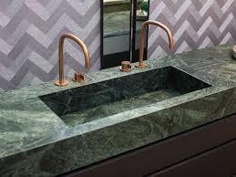 waschtisch mit einbauwaschbecken aus grünem marmor kupfer
