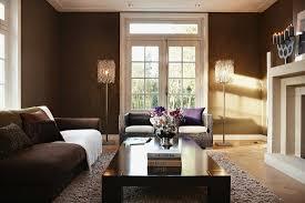 elegantes wohnzimmer mit dunkel getönten bild kaufen
