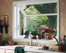 fenetre de cuisine déco decoration fenetre cuisine plantes décorez vos fenêtres avec