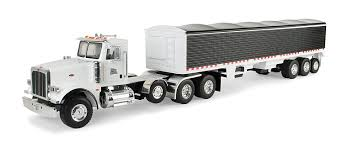 Amazon.com: Ertl Big Farm Peterbilt Model 367 Vehicle With Grain ...
