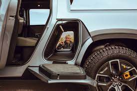 100 Truck Suv The Future Of Electric OffRoad May Be HereSee Rivians New SUV