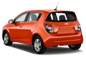 Chevrolet Cruze Floor Mats Uk by 2013 Chevrolet Sonic Reviews And Rating Motor Trend