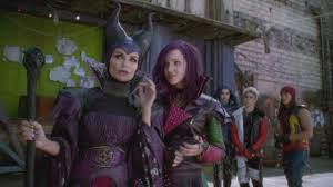 Liv And Maddie Halloween 2015 by Exclusive Dove Cameron Spills On The U0027most Emotional U0027 Episode Of