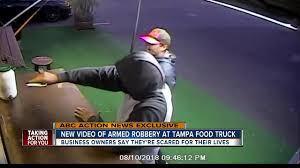 VIDEO: Puerto Rican Food Truck Targeted By Two Men During Armed Robbery