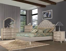 Decoration Brilliant Upholstered King Bedroom Set Birlanny Silver