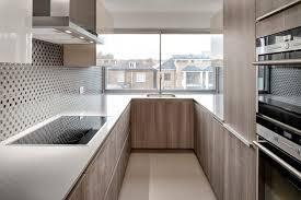 plan de travail cuisine grande largeur plan de travail grande longueur maison design bahbe com