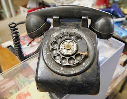 Rotary Phones And The Birth Of A Network | Hackaday Northern Telecom Rotary Phone With Grandstream Ht502 Youtube Faqs Voice Quality Iphone 5 Vs Antique Pulse Dialing Wikipedia The 746 From Gpo Offical Manufacturer Of Stylish How To Break Up With Your Landline And Pbx Sounds To Voip Using Raspberry Pi Viger Psinger Telephone Control The Hdware An Old Phone Using A Landlines Voip Whats Difference Telephone Grey Amazoncouk Electronics Blue