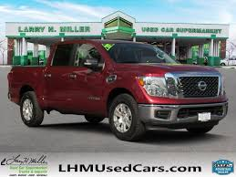 100 Nissan Titan Truck PreOwned 2017 SV Crew Cab Pickup In Riverdale B4205
