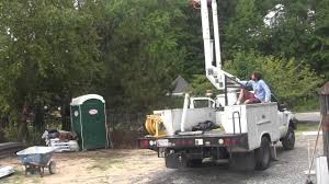2002 F550 4X4 Bucket Truck For Sale - 7.3 Diesel W/ 42' Altec Bucket ...