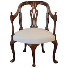 Queen Anne Five-Legged Chair, 18th Century For Sale At 1stdibs Four Rosewood Mother Of Pearl Inlay Corner Chair At 1stdibs Gorgeous Sample Of Craigslist Nice Chairs Queen Anne Reading Top 25 Best Cozy Corners Ideas On Armchairs And Heavy Brown Silk Curtains On Tall Windows In Red Checked Loose Covers Either Side Corner Liverpool Glp Crushed Lvet Gold Sofa Diy Fniture Arholma Section Outdoor Ikea Intermission The Super Fxible Soderhamn Sofa Round Swivel Armchair And Big Love Voomfniturecornerlshapedlightbrowntopgrain French Style Fniture Bespoke Ding Chairs Sofas Chair Ideas Pinterest Bedroom Reading