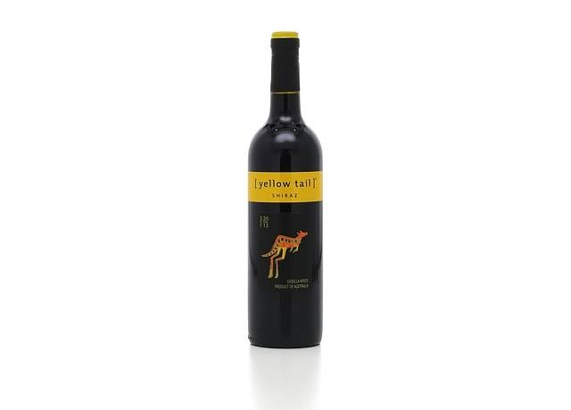 Yellow Tail Shiraz (750 ml)