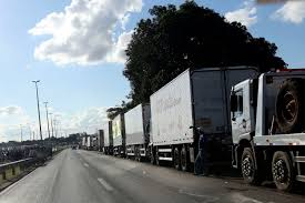 100 Truck Strike Brazil Authorizes Armed Forces To Clear Er The Rio Times