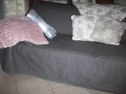 boutis canapé canapé au boudoir d antan