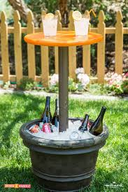 Make The Most Out Of Outdoor Parties With Kennethwingards DIY Entertainment Table