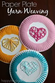 Paper Plate Yarn Weaving