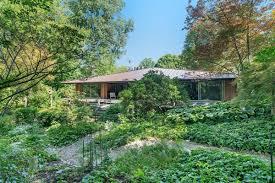 100 Minimalist Homes For Sale A PERFECT MINIMALIST MIDCENTURY HOME Michigan Luxury