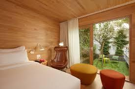 cabane dans la chambre notre cabane avec jardin à hotel atypique 9 hotel montparnasse