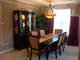 Centerpieces For Dining Room Tables Everyday by Dining Table Decoration Ideas