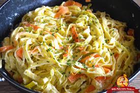 cuisiner le poireaux recette de tagliatelles à la fondue de poireaux petits plats