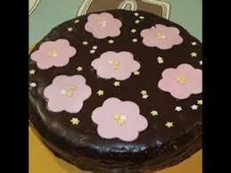 deco gateau en pate a sucre gâteau décor pâte à sucre