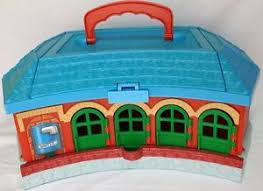 Tidmouth Sheds Wooden Roundhouse by Learning Curve Thomas Train Station Take U0027n Play Tidmouth Sheds
