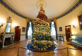Raz Christmas Decorations Australia by Christmas Sydney Australia 1st Nov Christmas Tree Seen On George