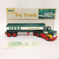 Amazon.com: Hess 1977 Tanker Truck: Toys & Games