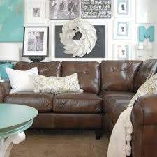Brown Couch Living Room Colors by Best 25 Dark Sofa Ideas On Pinterest Dark Couch Living Room