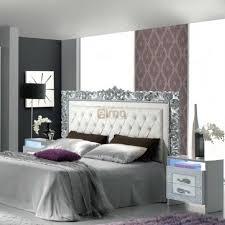 chambre avec tete de lit capitonn tete de lit capitone maison design wiblia com