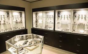 Merchandise Display And Store Arrangement By Dubins Fine Jewelry