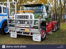 Restored Ford 9000 Truck At The Glen Innes Truck And Tractor Show ... Approx 1980 Ford 9000 Diesel Truck Ford L9000 Dump Truck Youtube For Sale Single Axle Picker 1978 Ta Grain 1986 Semi Tractor Cl9000 1971 Dump Truck Item L4755 Sold May 12 Constr Ltl Real Trucks Pinterest Trucks And Hoods Lnt Louisville A L Flickr Tandem Axle The Dalles Or