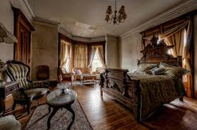 Victorian Haunted House 15