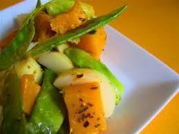 cuisiner pois mange tout salade de pommes de terre pois mange tout et courge musquée
