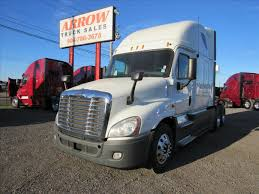 TRUCKS FOR SALE IN FL Used 2012 Lvo Vnl670 Tandem Axle Sleeper For Sale In 2013 Freightliner Scadia Volvo Vnm64t200 Cventional Trucks For Sale Used On Sleepers Mi Semi Truck Sales In Maple Shade Nj Arrow Trucks Fl Mack Cxu613 Day Cab Tampa Inventory In Daycabs Tractors 2014 555213