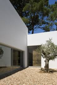 100 Frederico Valsassina Casa No Banzo Ll By Arquitectos Outside
