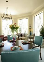 Lorts Christy Dillard Dining Table And Chairs
