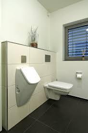 metamorphose der abstellkammer zum wohnlichen gäste wc